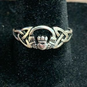 Sterling Silver Irish/Celtic Cladaugh ring size 9